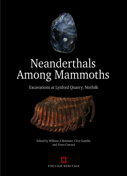 Neanderthals Among Mammoths